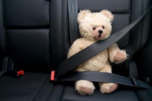 Sécurité bébé voiture
